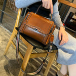 Load image into Gallery viewer, EGL005 New arrivals women oil wax handbags fashion genuine leather bags manufacturers