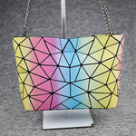 Load image into Gallery viewer, MGD004 2020 Hot sale geometric luminous metal chain shoulder bag women fashion handbags trendy