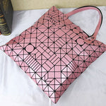 Load image into Gallery viewer, MGD030 Hot sell korean pink geometric lingge foldable laser fashion bags ladies handbags shoulder