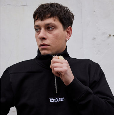 ENDLESS - QUARTER ZIP