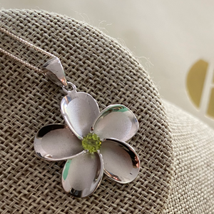 Plumeria Sterling Silver Pendent With Peridot