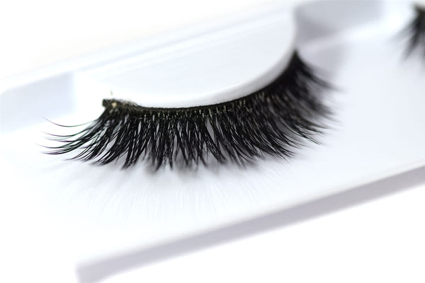 Miss 3D Volume Lash - M317