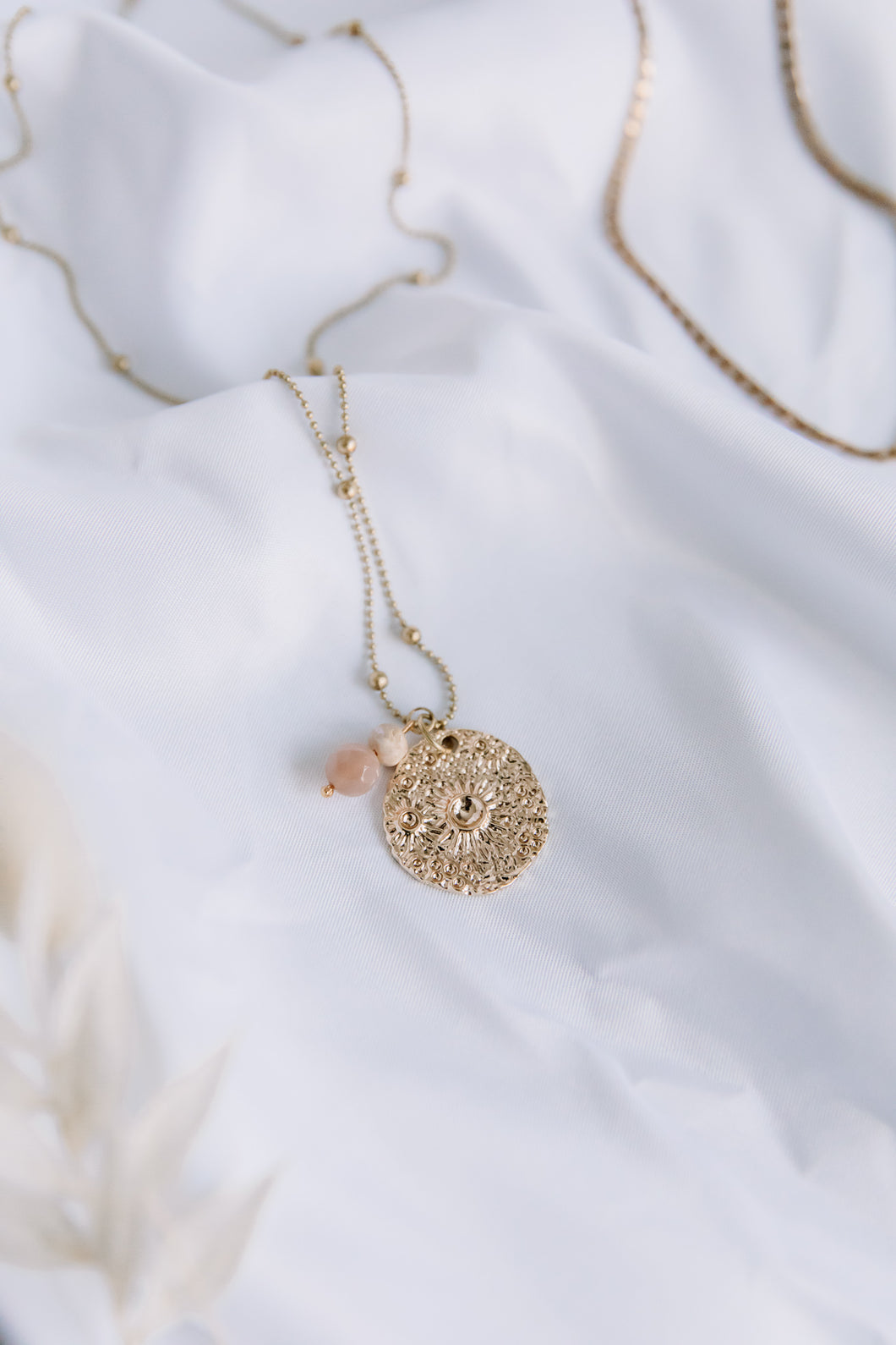 The soleil brûlant necklace //