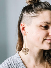 Load image into Gallery viewer, Gold monstera threader earrings v. 2 //
