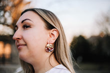Load image into Gallery viewer, Bloomer earrings //