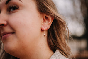 Dainty leaf threader earrings //