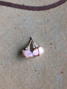 Rose quartz stud earrings //
