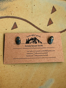Kyanite stud earrings //