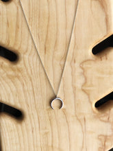 Load image into Gallery viewer, Crescent moon necklace //