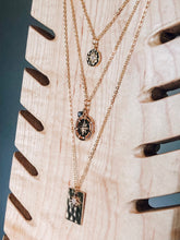 Load image into Gallery viewer, Gold compass & labradorite layering necklace //