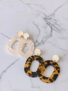 Tortoise shell acrylic drop earrings //
