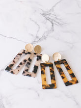 Load image into Gallery viewer, Rectangle tortoise shell acetate earrings //