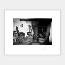 Load image into Gallery viewer, Fire place