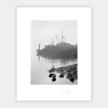 Load image into Gallery viewer, Kinsale pier, 91