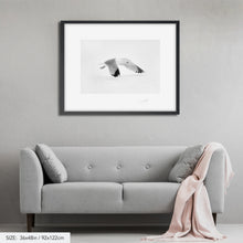 Load image into Gallery viewer, Snow bird