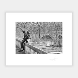 Kissing by the Tiber