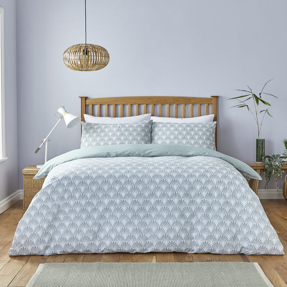 Silentnight Eco Comfort Sustainable Duvet Set – Deco Leaf