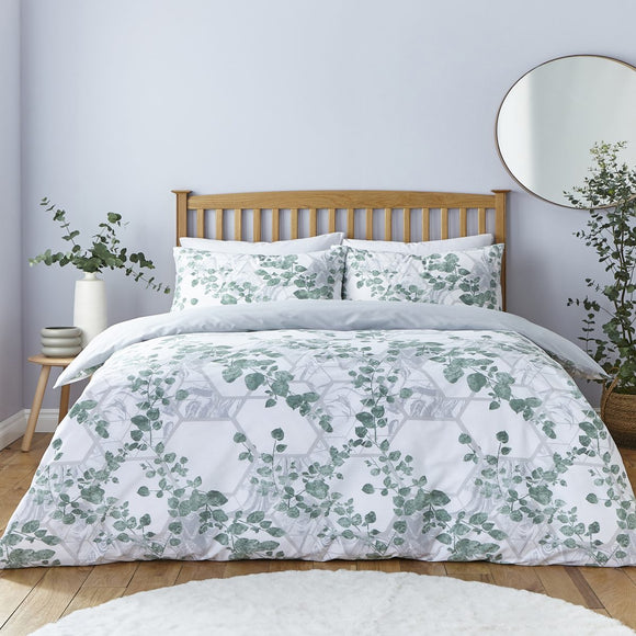 Silentnight Eco Comfort Sustainable Duvet Set – Trailing Leaf
