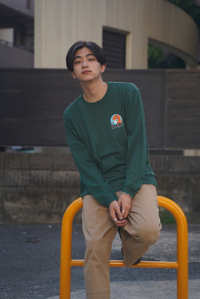 9090 × ichiraku studio  Chill Boy long T orange(アイビーグリーン)