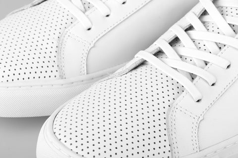 Perforated Low (WELTER WHITE)
