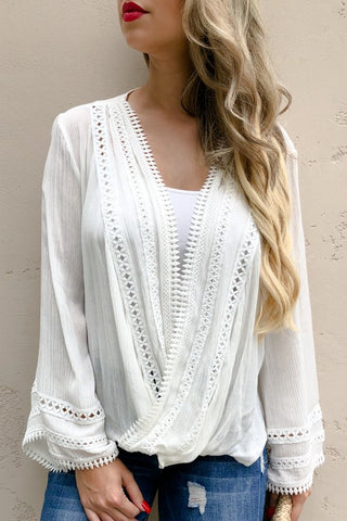 LET'S GET TWISTED WIDE SLEEVE TOP IN OFF WHITE-Tops-MODE-Couture-Boutique-Womens-Clothing