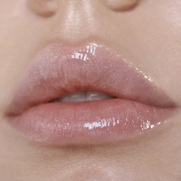 GLOW GETTER HYDRATING LIP OIL IN CHAMPAGNE KISS-MAKE-UP-MODE-Couture-Boutique-Womens-Clothing