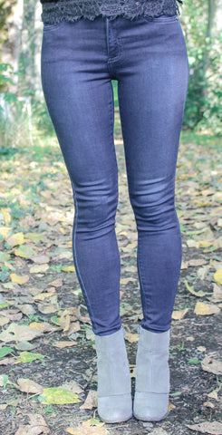 JUST BLACK CLASSIC 5 POCKET SKINNY JEAN IN CLARA WASH-Jeans-MODE-Couture-Boutique-Womens-Clothing