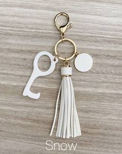 HANDS FREE TOOL KEYCHAIN-Accessories-MODE-Couture-Boutique-Womens-Clothing