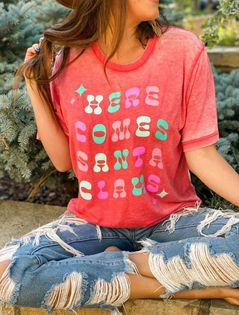 HERE COMES SANTA CLAUS ACID WASH GRAPHIC TEE IN RED-Graphic Tees-MODE-Couture-Boutique-Womens-Clothing