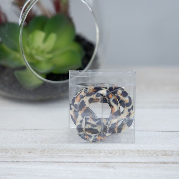SOFTIE FABRIC HAIR TIES IN LIGHT LEOPARD-MODE-Couture-Boutique-Womens-Clothing