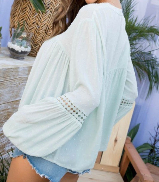 JULIETTE KEYHOLE NECK BUBBLE SLEEVE TOP IN MISTY GREEN-Tops-MODE-Couture-Boutique-Womens-Clothing