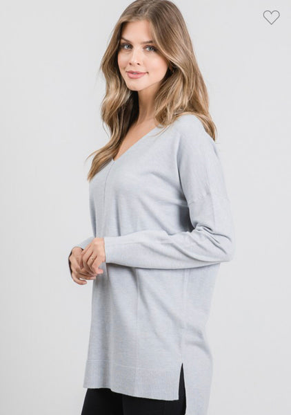 BROOKLYNN FRONT SEAM SOFTEST SWEATER IN LIGHT GRAY-Sweaters-MODE-Couture-Boutique-Womens-Clothing