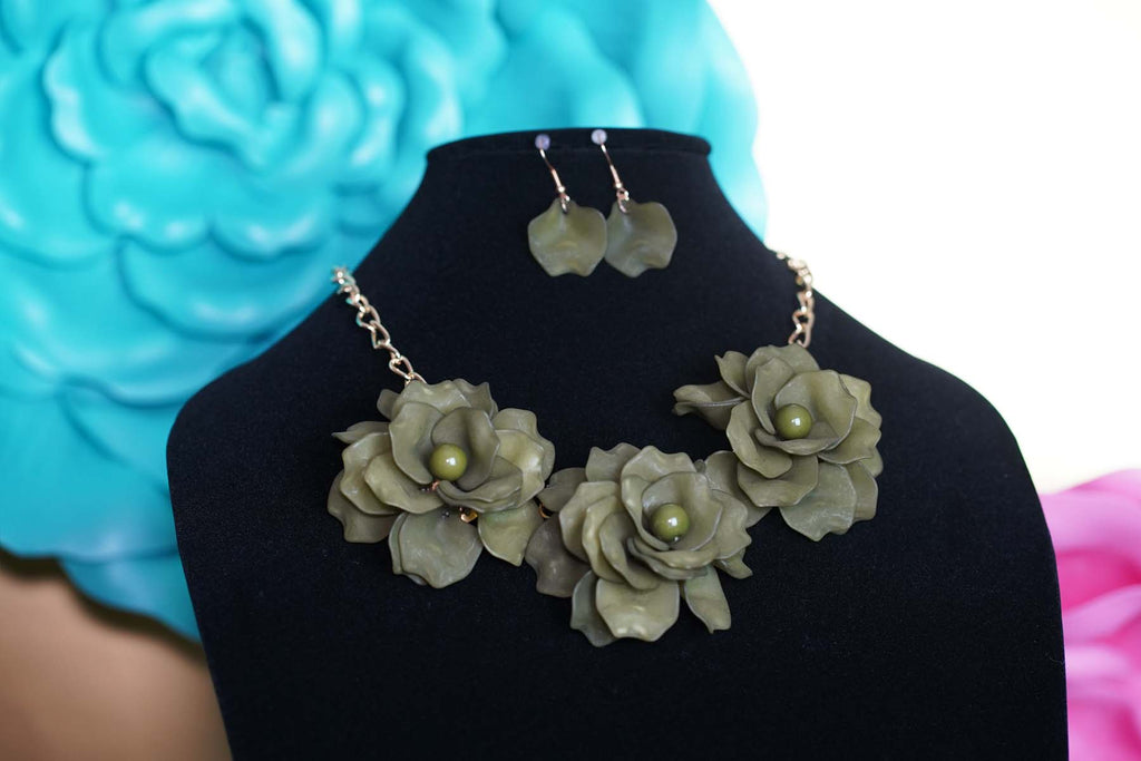 Igboya (Bold) 3D Floral Statement Necklaces