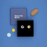 Earth and moon oorbellen stud - Materia Rica