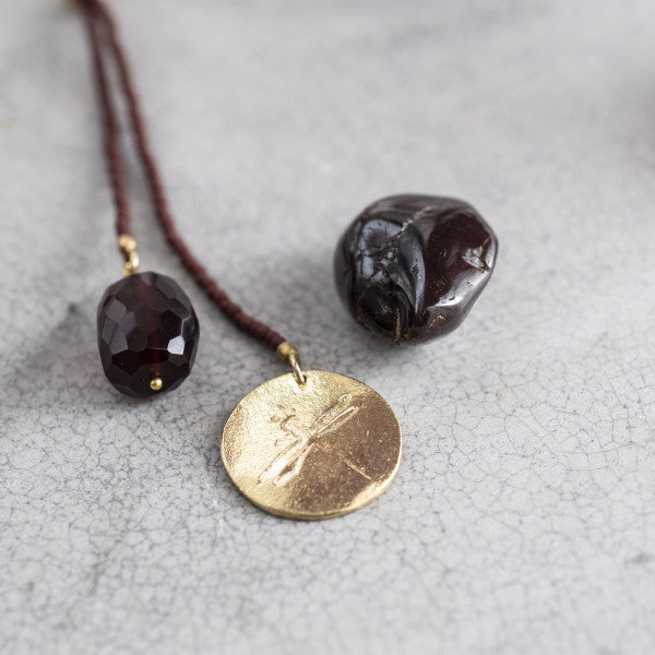 Fairy garnet ketting- A Beautiful Story