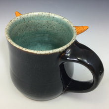 Load image into Gallery viewer, Medium FaceMug - Righty - AKD Glaze - Confuzzled/OHorns