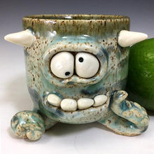 Load image into Gallery viewer, Squiddy Shot - Noodle Cleo - Celadon Glaze/WHorns