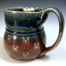 Load image into Gallery viewer, Ooglie Eye Mug - Righty - Raspberry/Blue Glaze - BlkHorns - XStamp