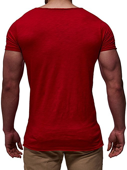V-Neck T-Shirt in Red