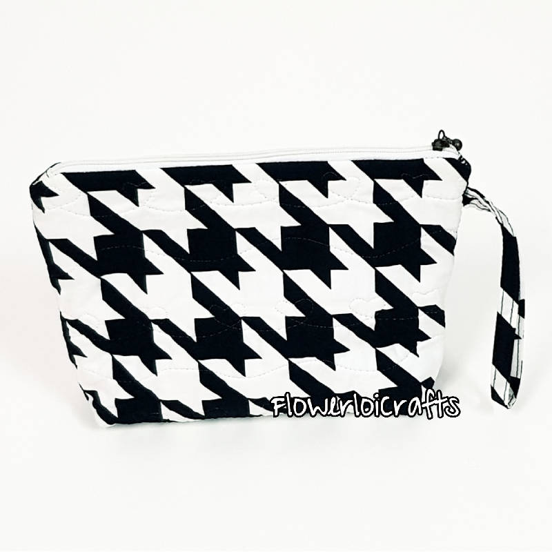 Quilted Multipurpose Pouch/Cosmetic Pouch