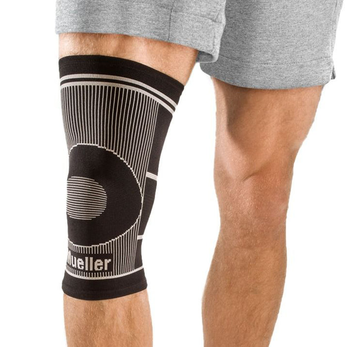 Mueller Knee 4Way Stretch Large