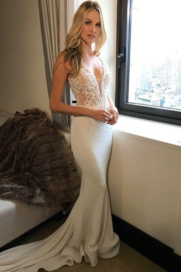2020 Long Princess Mermaid V-Neck Sleeveless Lace Sexy Ivory Wedding XHMPST10029