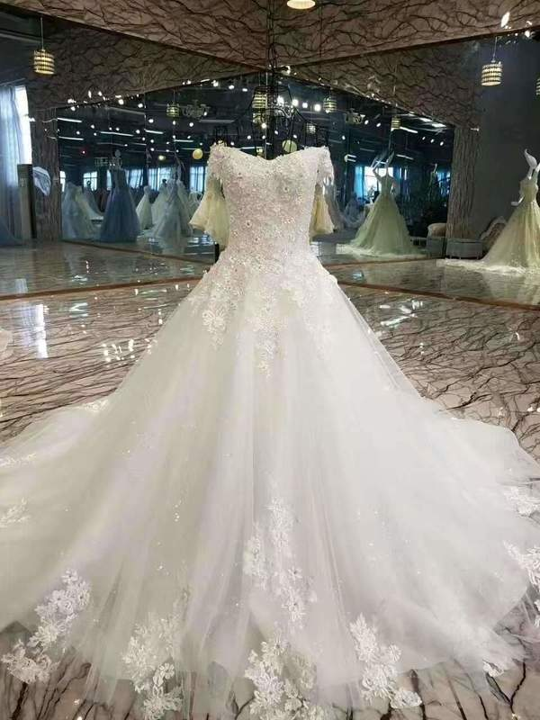 2020 Special Offer Wedding Dresses Off The Shoulder A-Line With Appliques Lace XHMPST14637