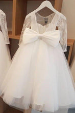 Load image into Gallery viewer, Ball Gown Lace Long Sleeves Flower Girl Dress With Bowknot Back Round Neck Baby Dresses XHMPST15058