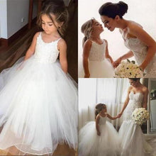 Load image into Gallery viewer, A Line Spaghetti Straps Lace Top Ivory Tulle Flower Girl Dresses For Wedding XHMPST10546