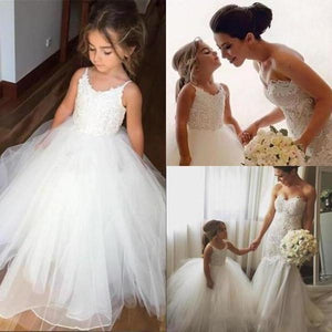 A Line Spaghetti Straps Lace Top Ivory Tulle Flower Girl Dresses For Wedding XHMPST10546