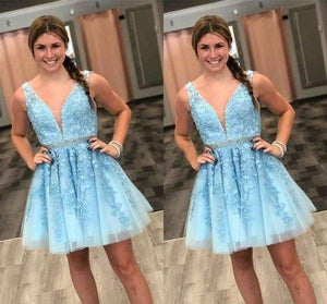 Blue Tulle V Neck Above Knee Beads Lace Appliques Short Homecoming Dresses XHMPST14870