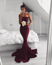 Load image into Gallery viewer, 2020 New Sexy Mermaid Burgundy Long Strapless Sleeveless Floor Length Prom XHMPST10035