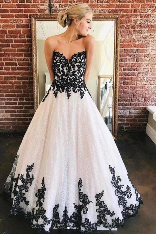 A Line Sweetheart Strapless White Tulle Black Lace Appliques Formal Prom Dresses XHMPST15558