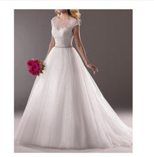 Load image into Gallery viewer, 2020 Simple White V-Neck Sleeveless Tulle Lace Beads Floor-Length XHMPST10056